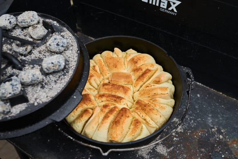 kräuterfaltenbrot aus dem Dutch Oven